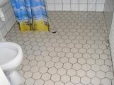Pesukoneen paikka oikealla