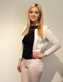 Aivan tavallinen 25-vuotias nuori nainen Henna Vihreävuori - Ostan Asuntoja Podcast #53