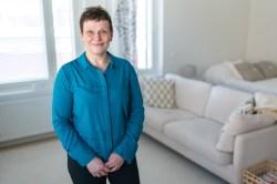 Asuntosijoittava asiakaslähtöinen vuorotyöduunari Sari Bruun